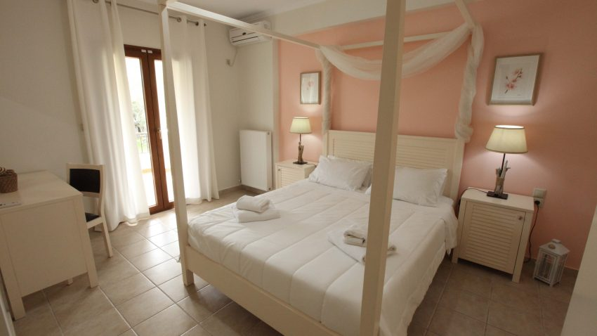 Olivastro Villa Lefkada Sinnefaki Apartment Slider